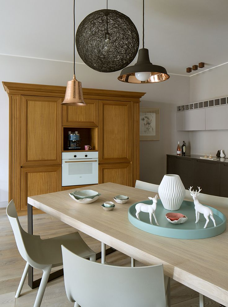dining room, open kitchen, philip starck chairs, driade bo, moooi random lamp