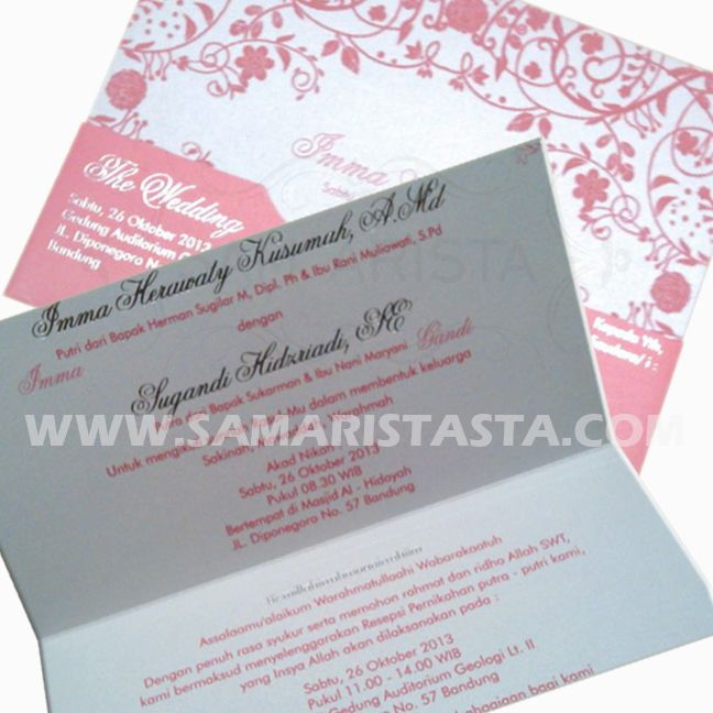 Selamat berbahagia untuk dua sejoli... Imma Herawaty Kusumah, A.Md Sugandi Hidzriadi, SE Semoga bahagia selalu selamanya..  -Sabtu, 26 Oktober 2013- #wedding #couple #pengantin #pernikahan #perkawinan #resepsi #acara #cetak #undangan #samarista #best #seller