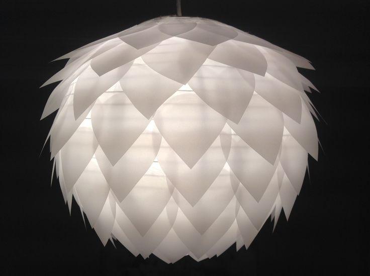 1000 id es sur le th me lustre de papier sur pinterest. Black Bedroom Furniture Sets. Home Design Ideas
