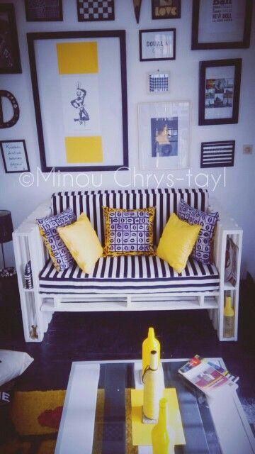 Canape en palettes. Je l'ai call le #kigba
