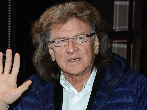 """Nie żyje Zbigniew Wodecki. Muzyk zmarł 22 maja. Wśród jego największych przebojów znaleźć możecie piosenkę """"Zacznij od Bacha""""."""