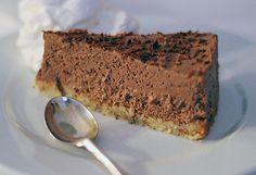 Allt om LCHF.nu: Chokladcheesecake med nötbotten