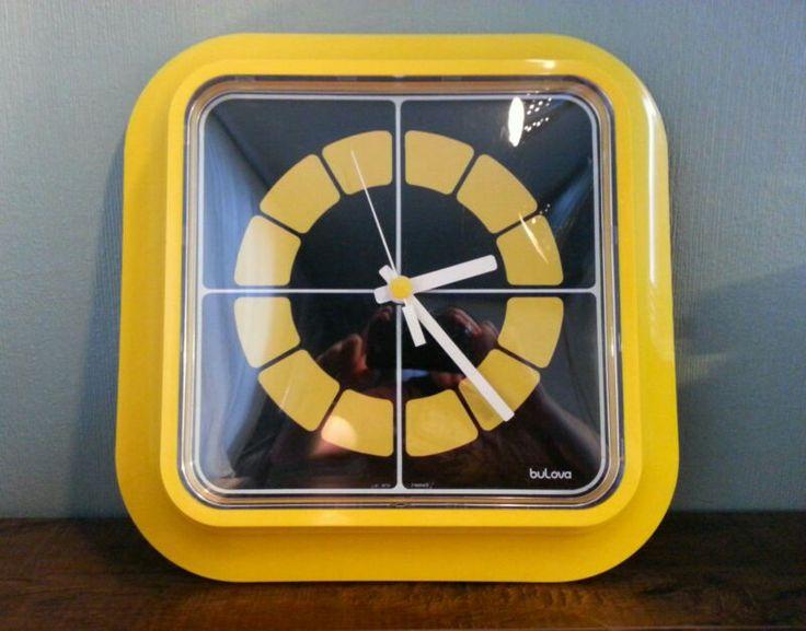 Space age mod Bulova wall clock