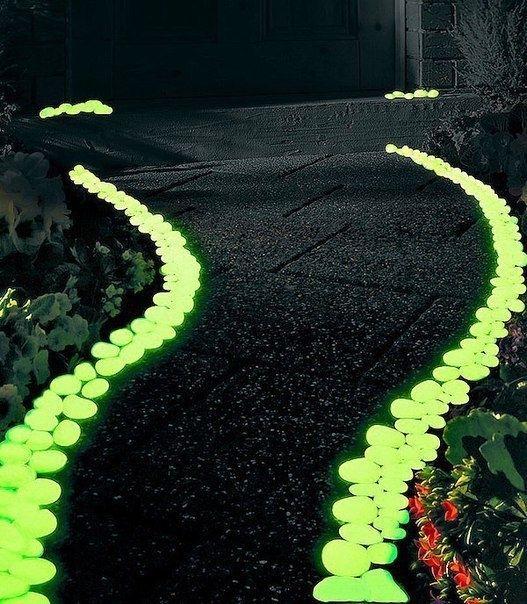 Как сделать светящиеся камни. Удивительная идея для дачи 1