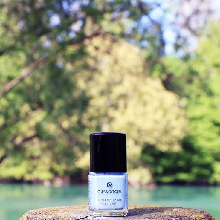 #elissanceparis #vernis #bleuciel #nails #natural #makeupartist #proteccionparauñas