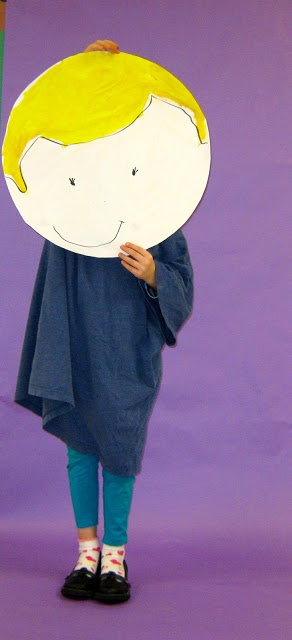 The cutest self portraits ever | The Bees Knees Cousin - like this oversized selfie idea. #kids #crafts #portrait #cute