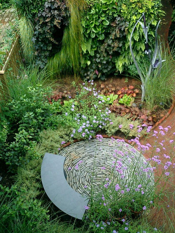The 25 best corner garden ideas on pinterest garden for Backyard corner design ideas