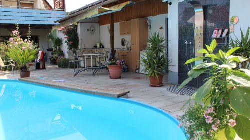 ... Ferienwohnung, 2 getrennte Schlafzimmer, Pool,für 4 Personen