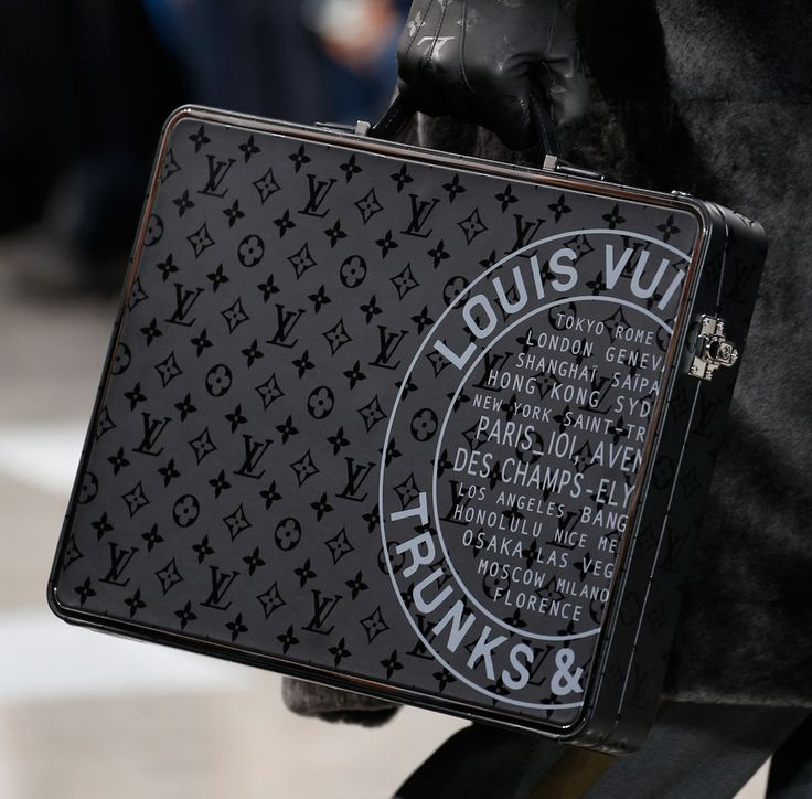 Louis Vuitton Debuts New Monogram Eclipse Print at Men's Fall 2016 Show