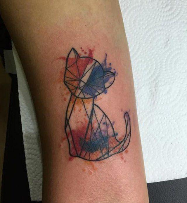 Les 20 meilleures id es de la cat gorie tatouage chat g om trique sur pinterest tatouage de - Tatouage animaux geometrique ...
