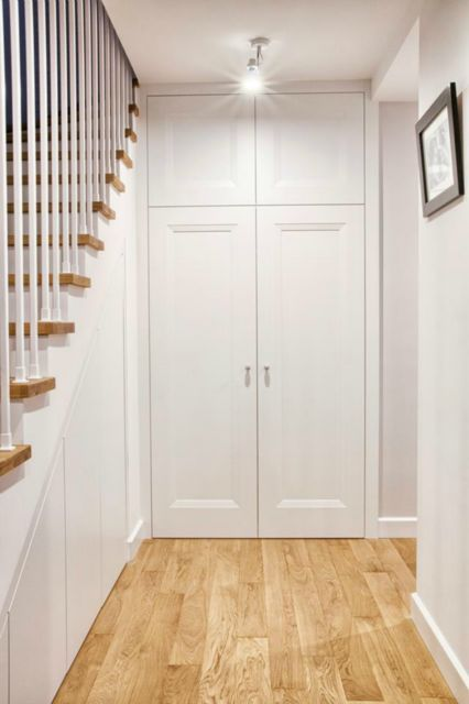 Biale drzwi do szafy