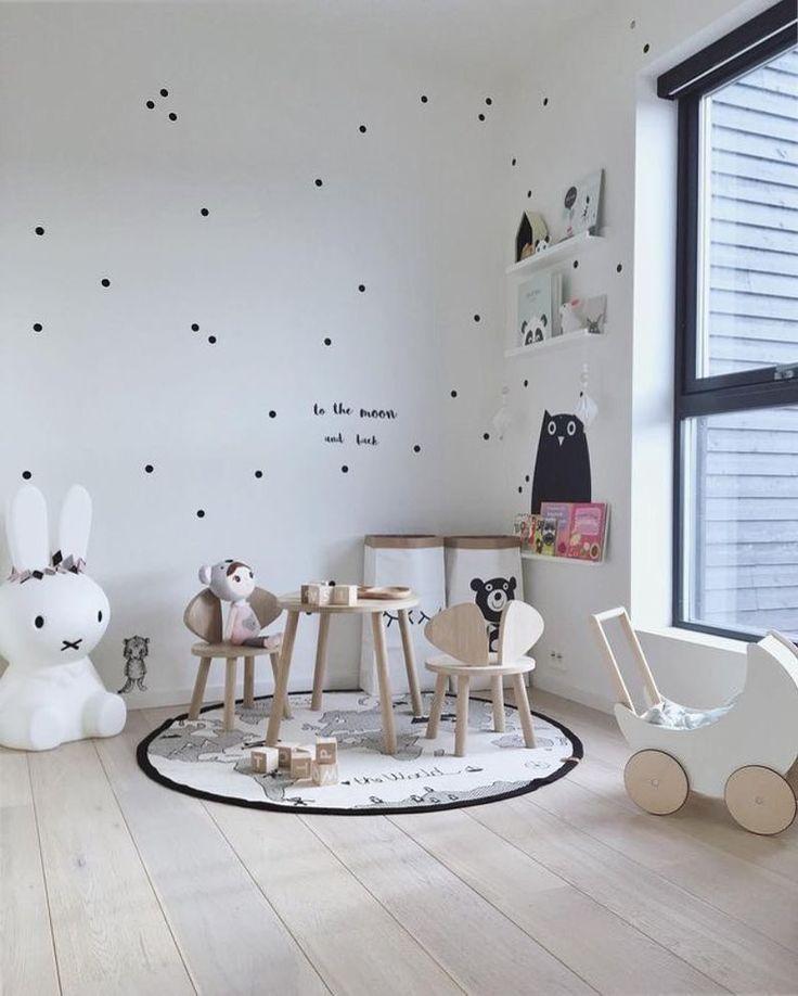 "2,348 mentions J'aime, 13 commentaires - Scandinavian Homewares (@istome_store) sur Instagram : ""A beautiful kid's play corner by @linnbp77  Shop OYOY Adventure rug, Ooh Noo toy pram, Alphabet…"""