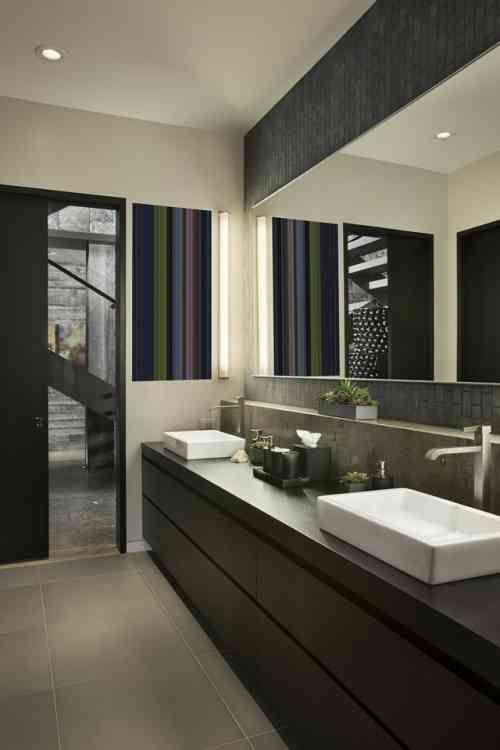 idée déco de salle de bain en bois