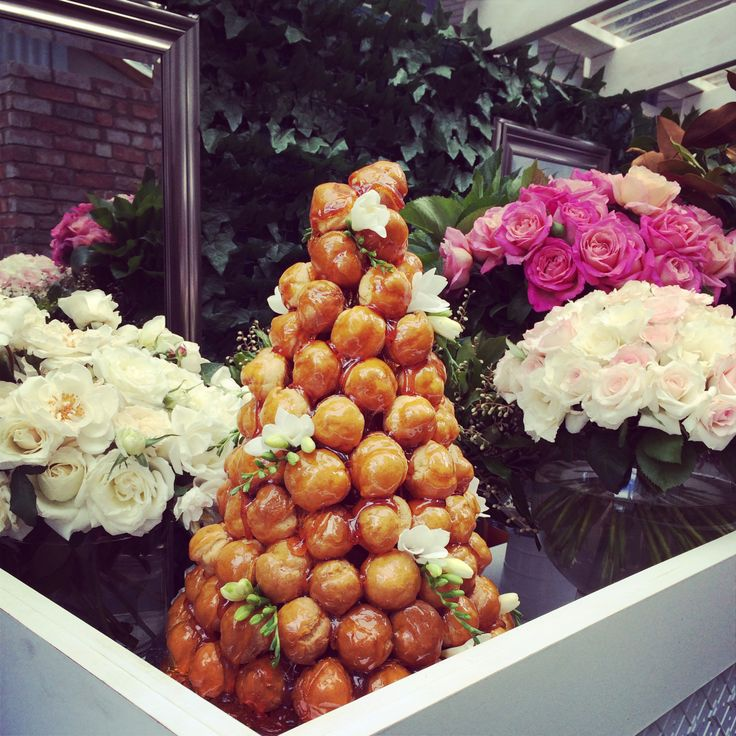 simple croquembouche