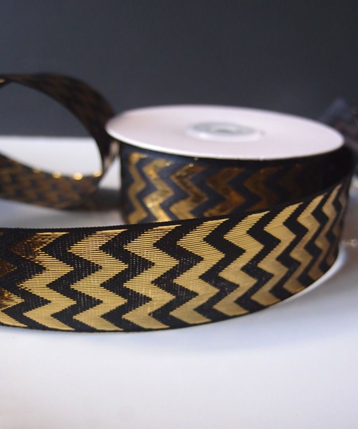 Black and Gold Chevron Metallic Ribbon | DIY Wedding Flowers | Cheap Wedding Ideas