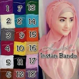 Hijab/Jilbab Instant Bando.  Jilbab instant dengan aksesori bando swarovsky sintetis.  Bahan : cerruti.