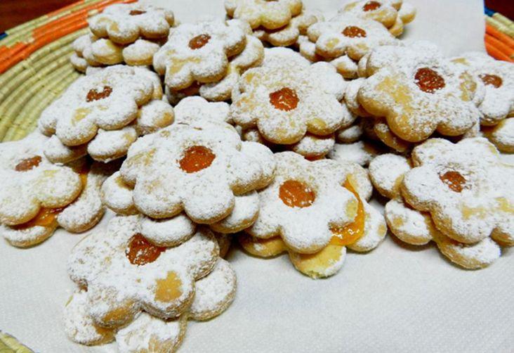 Ciambelline doppie alla marmellata - RIcette di Sardegna