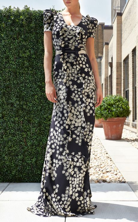 Carolina Herrera Resort 2014 Trunkshow Look 17 on Moda Operandi