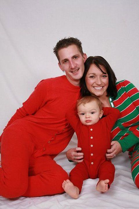 awkward family pictures | Awkward Family Christmas Photos » Lost At E Minor: For creative ...