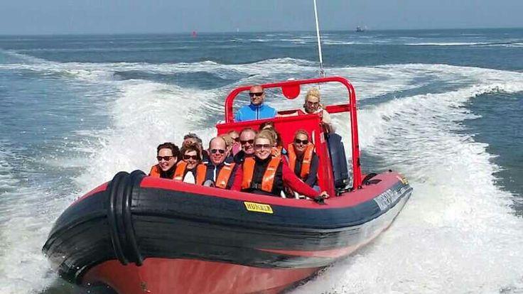 """Juni 2014. jubileum van tandartsenpraktijk 'n zonovergoten weekeinde met veel afwisseling en uitdaging in programma. De finale vanuit Oudeschild naar Den Helder  deed adrenaline opleven. """"once in a lifetime experience"""""""