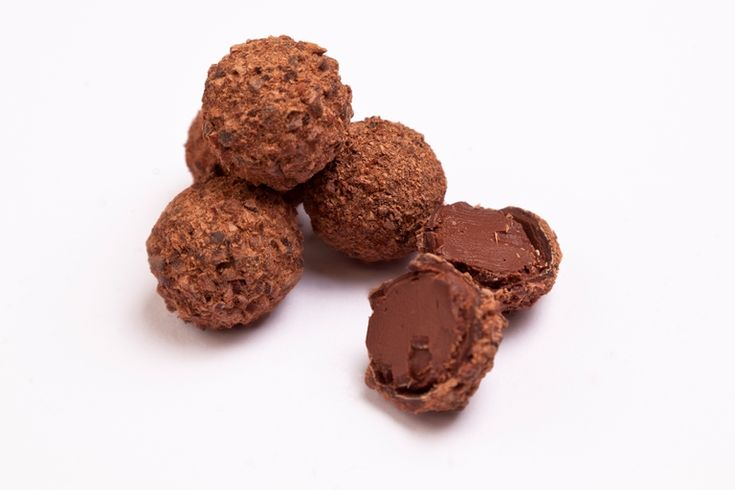 These rich, earthy truffles are flavoured with cassia bark and cedarwood to make a wonderfully fragrant and woody chocolate