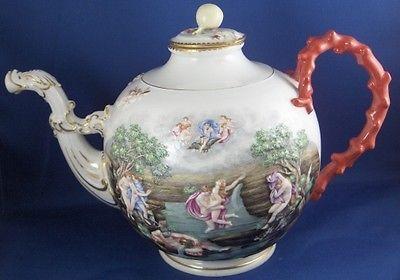 Rare 19thC Ginori / Doccia Porcelain Capodimonte Tea Pot Porzellan Kanne Tea Pot