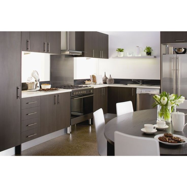 Designed with a warm colour palette, the Espresso kitchen would sit comfortably at the heart of any home. Its dark timber finish and contrasting benchtop, creates an environment that is both fashionable and timeless.  - See more at: http://shop.mitre10.com.au/kitchens/imagine-kitchens/espresso