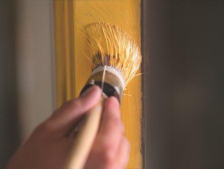 Wij helpen je met verftips, klik door voor adviezen over het schilderen van muren, deuren, kozijnen enz.
