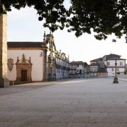 Terreiro de S. Francisco | CE-EAUM, Maria Manuel Oliveira | Guimarães | © Rita Burmester