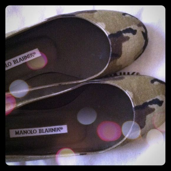 Manolo Blahnik Camouflage Flats AUTHENTIC Manolo Blahnik camouflage ballet flats, size 5.5 but fit like 6. Purchased from Neiman Marcus a few years ago, no longer available. Perfect for current military trend! Come with original box and dust bag. Good used condition with only wear on bottoms (shown in picture). Manolo Blahnik Shoes Flats & Loafers