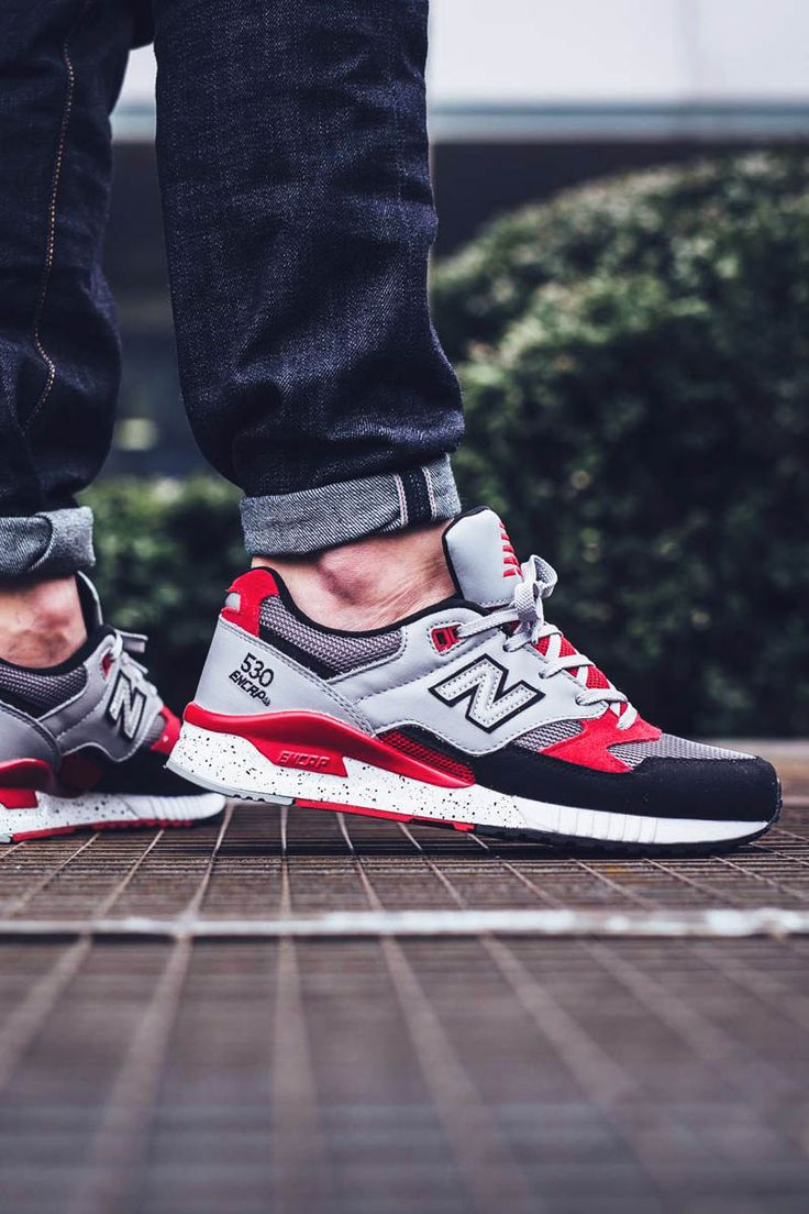 Chubster favourite ! - Coup de cœur du Chubster ! - shoes for men - chaussures pour homme - sneakers - boots - New Balance 530 90s Running Leather: Grey/Red