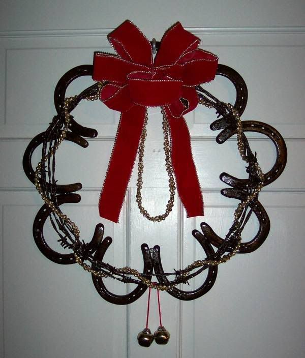 Horseshoe welding projects good use for old horseshoes for Old horseshoe projects