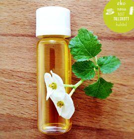 Parfym  <3    Hemmagjord Parfym/Ekologisk Parfym/Parfymolja!   J ag har använt Kallpressad Ekologisk Mandelolja  och Eteriska oljor.   D...