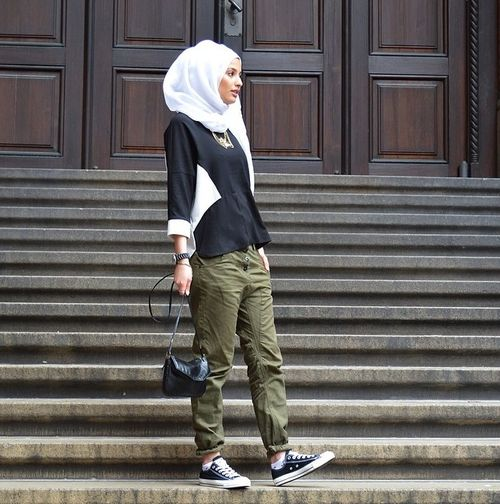Hijabi fashion. Sneakers. Statement necklace. Dressy casual
