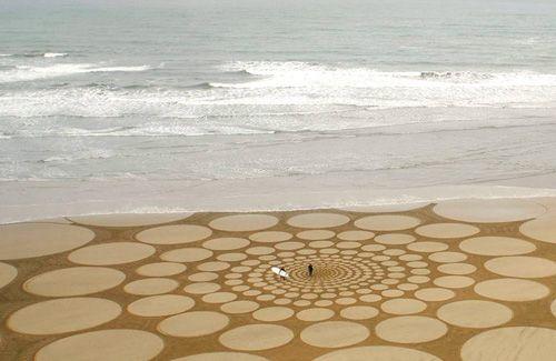 incredible sand installation by Jim Denevan: Beach Art, Jimdenevan, Walleye, Jim Denevan, Landart, Sands Sculpture, Crop Circles, Sands Art, Land Art