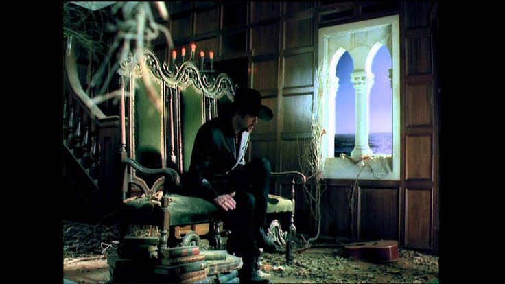 Tim McGraw - Please Remember Me (Official Music Video) This is my favorite Tim McGraw song ... a remake of a Rodney Crowell song.