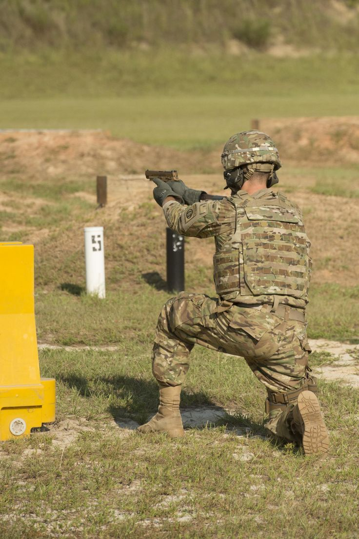 A service member fires the Sig Sauer P320 during Modular Handgun System tests for the U.S. Army Operational Test Command conducted at Fort Bragg N.C. Aug. 27 [25413818]