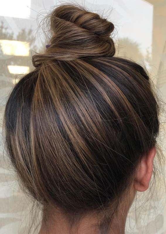 Stilvolle Top Bun Amp Updo Styles für stilvolle Frauen 2019 Sehen Sie hier und … – hair