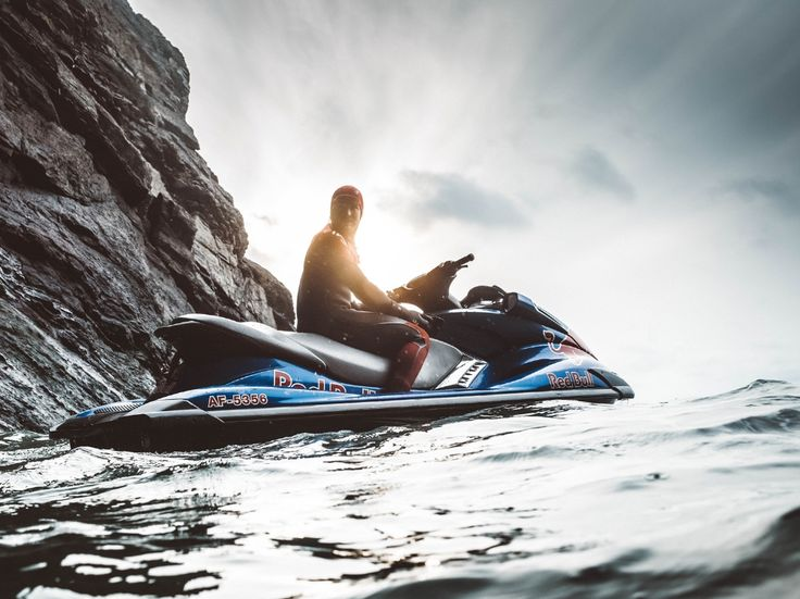 Shoot Spotlight: Andre Silva - Cold Water Surfing   Phase One and Aquatech underwater housing.  Advertising photoshoot.  Photo equipment rental, Gripvan, Grip truck, Advertising photoshoot, production, London