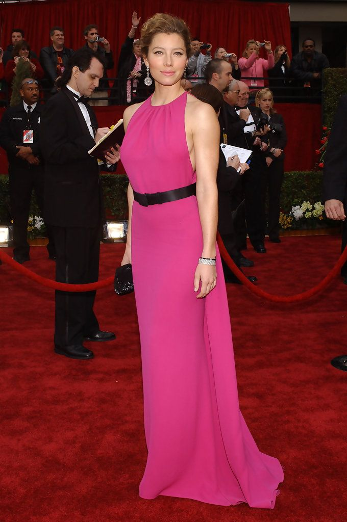 Jessica Biel in Oscar de la Renta - Fashion Flashback: 2007 Oscars Red Carpet - StyleBistro