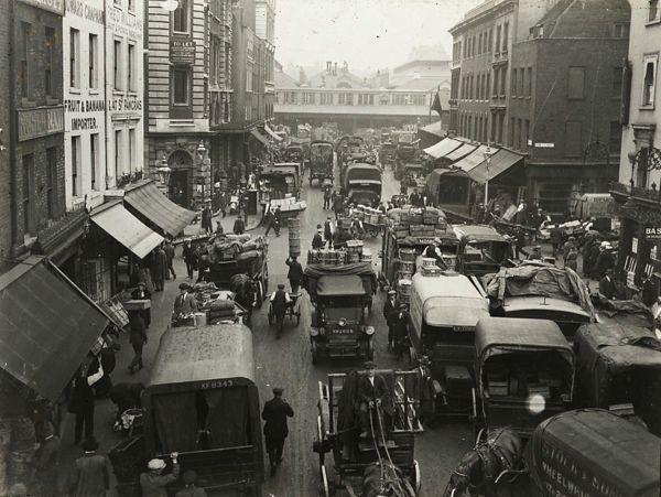 Covent Garden market 1920