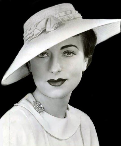 Agnes Moorehead, 1930s  viamarienoreene