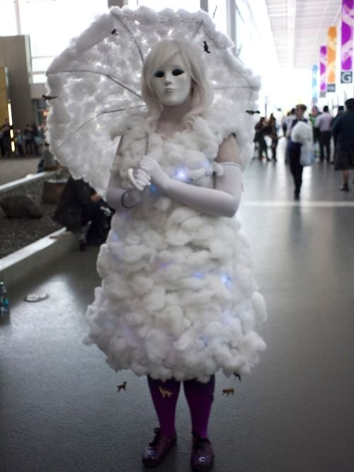 glow cloud cosplay. For intern, maybe I need a glow cloud (all hail) parasol?