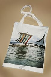 Canoe in Sulu Island http://shop.alinari.it/en/product-details-125389