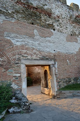 Θεσσαλονίκη , αρχαία τειχη , Άνω Πόλη , Πυροβολιο , Πυργος τριγωνιου , Πυλη  Thessaloniki , city walls, ancient , Ano Poli , Pirovolio , Pyrgos trigoniou, gate