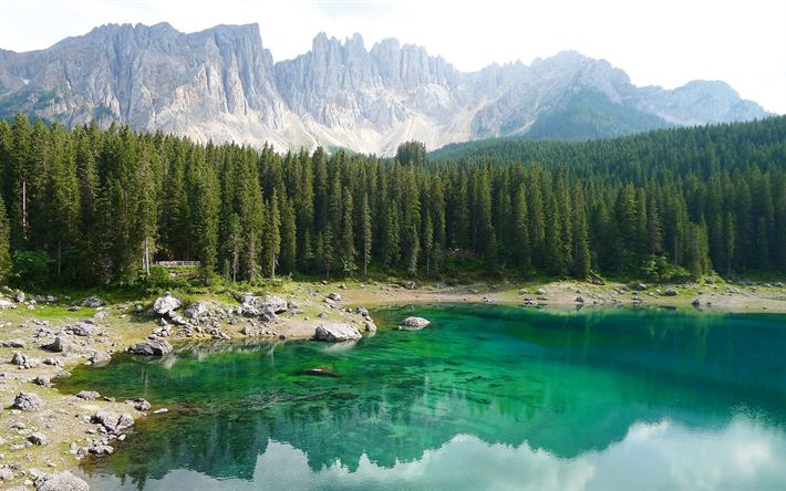 Descargar fondos de pantalla Karersee, Montaña, lago, bosque, montañas, Tirol del Sur, Dolomitas, Italia