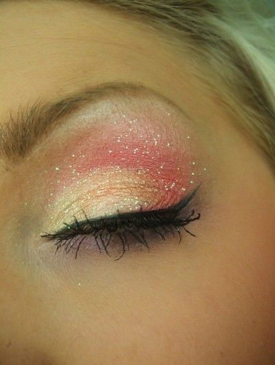 This is so pretty! It's like fairy makeup! Love this!!!! Jenny you have to try this! So many of your tops would look beautiful with this eye!