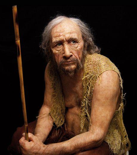 Lascaux III : des reproductions saisissantes d'hommes de Cro-Magnon sont aussi présentes dans l'exposition (Crédit: Elizabeth Daynès/Conseil...
