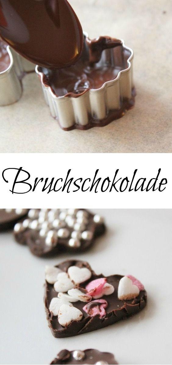 Leckere Bruchschokolade mit Smarties und bunten Streusel. Schnell gemacht und eine tolle Geschenkidee | http://www.the-inspiring-life.com/2015/12/bruchschokolade.html #Bruchschokolade #diygeschenkidee