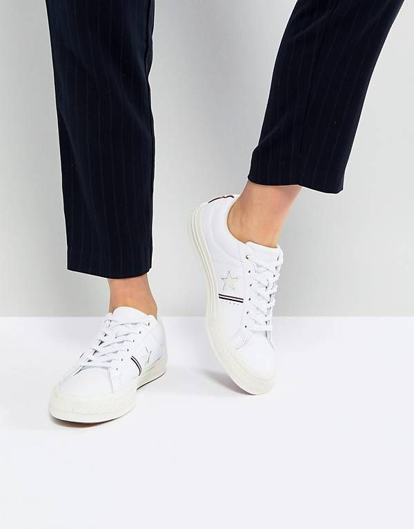Converse One Star Ox Sneakers With Off